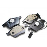 Передние тормозные колодки AUDI A4 (11/04-) (10/00-12/04) Lucas GDB1307